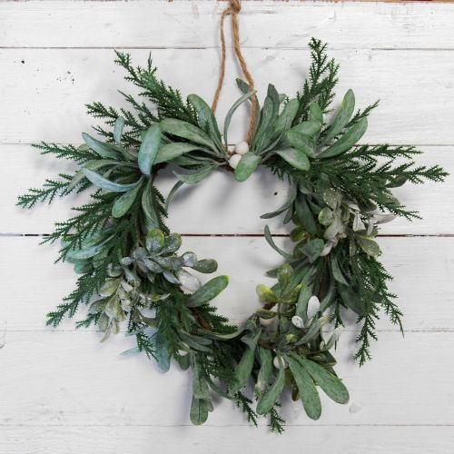 Green Heart Shape Mistletoe Christmas Wreath